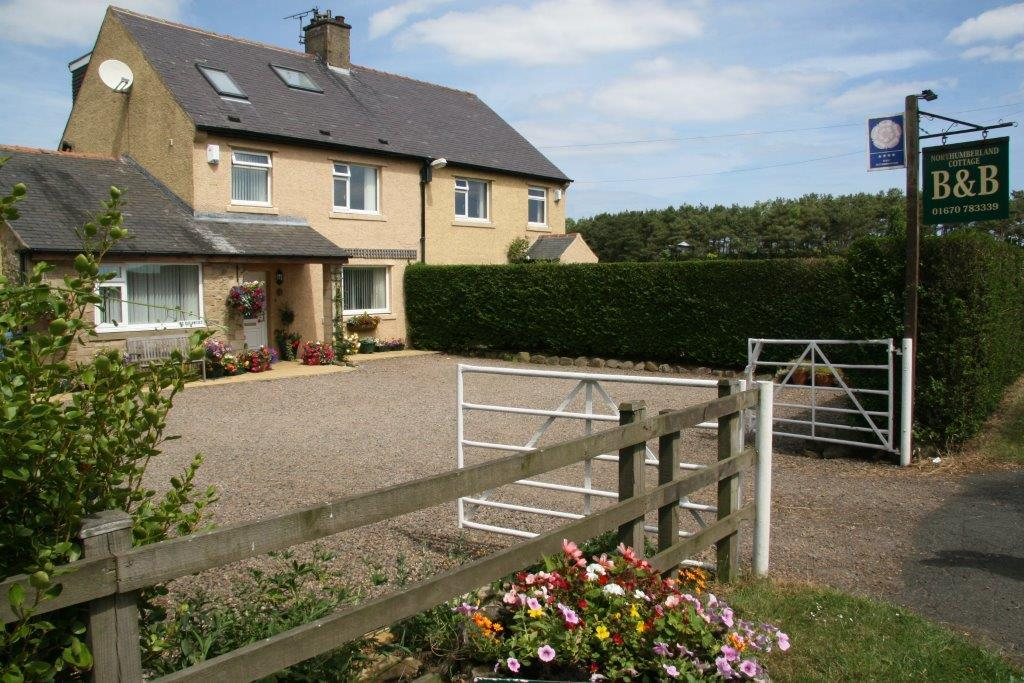 5 Bedrooms Property for sale in Bed & Breakfast Business, Chevington Moor Cottages, Chevington, Morpeth